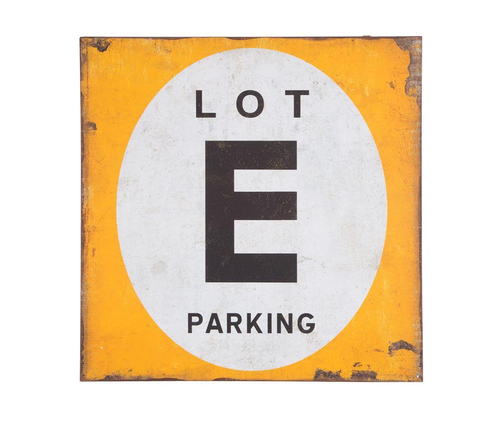 Ukras Parking Lot