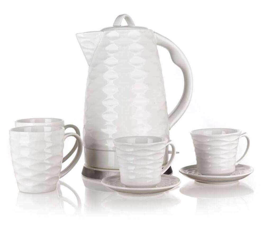 Zestaw czajnik elektryczny z 4 filiżankami i 2 spodkami