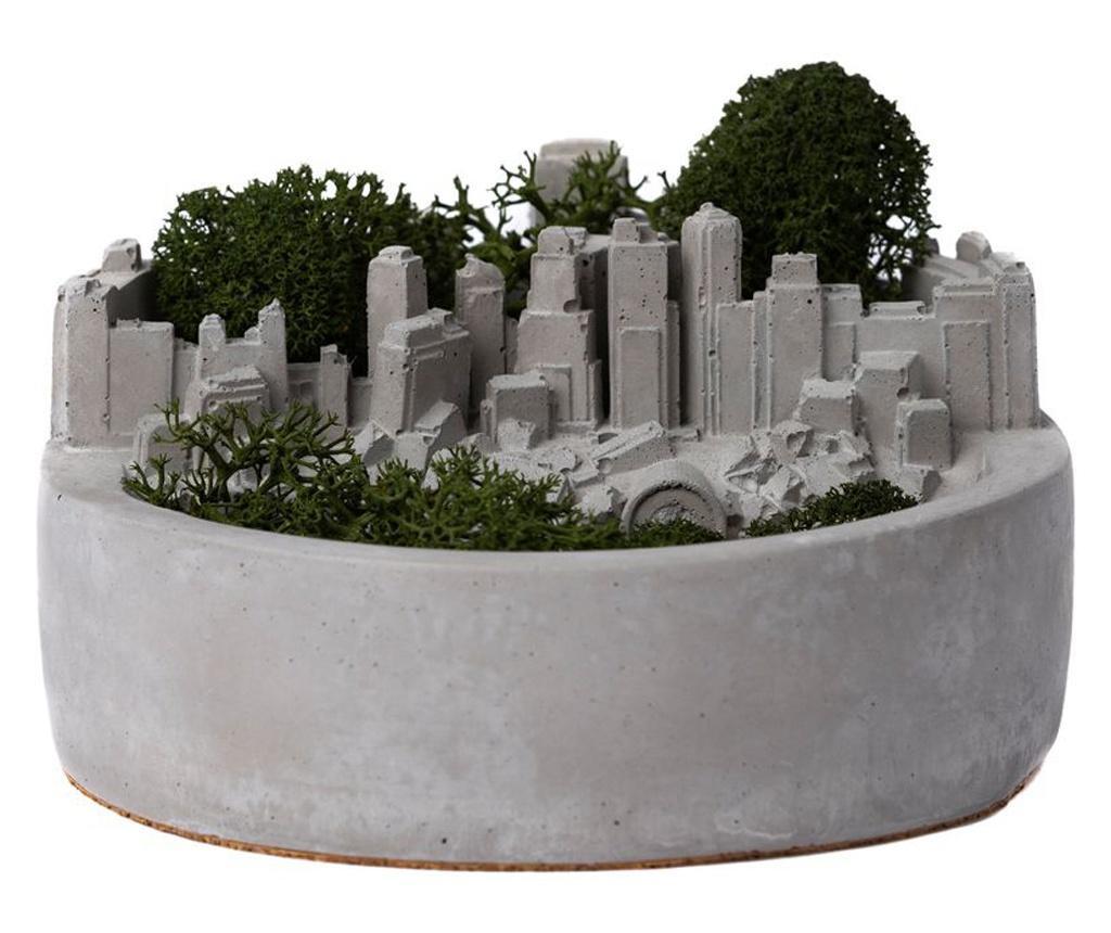 Decoratiune din beton cu licheni